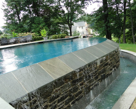3-contemporary-pool.jpg