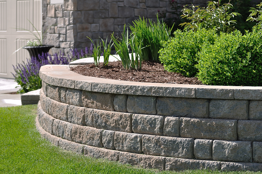 eps-landscaping-retaining-wall-featured-image.jpg